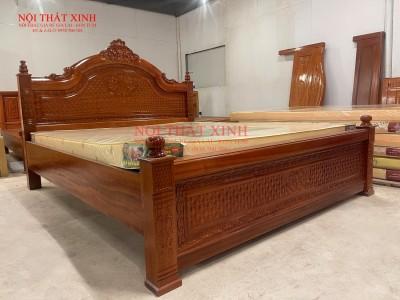 Giường gỗ cao cấp 4